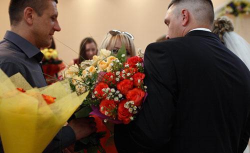 Поздравление молодоженам на свадьбу от подружки невесты фото 648