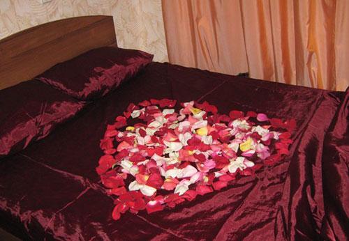Розовая свадьба подарок подборка